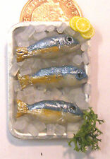 1:12 Scale 3 Fish On A Tray + Ice Doll House Miniature Food Kitchen Accessory I