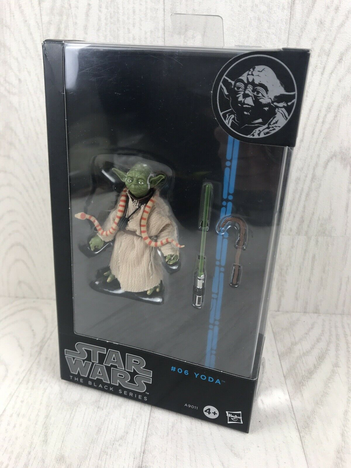 STAR Wars Nero Serie Yoda in Scatola () (Scala 6) mai stato aperto.