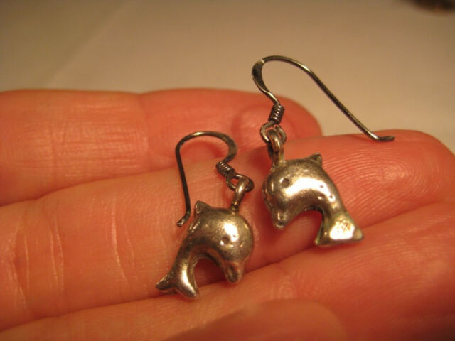 925 silver dolphin earring earrings northern Thailand A18