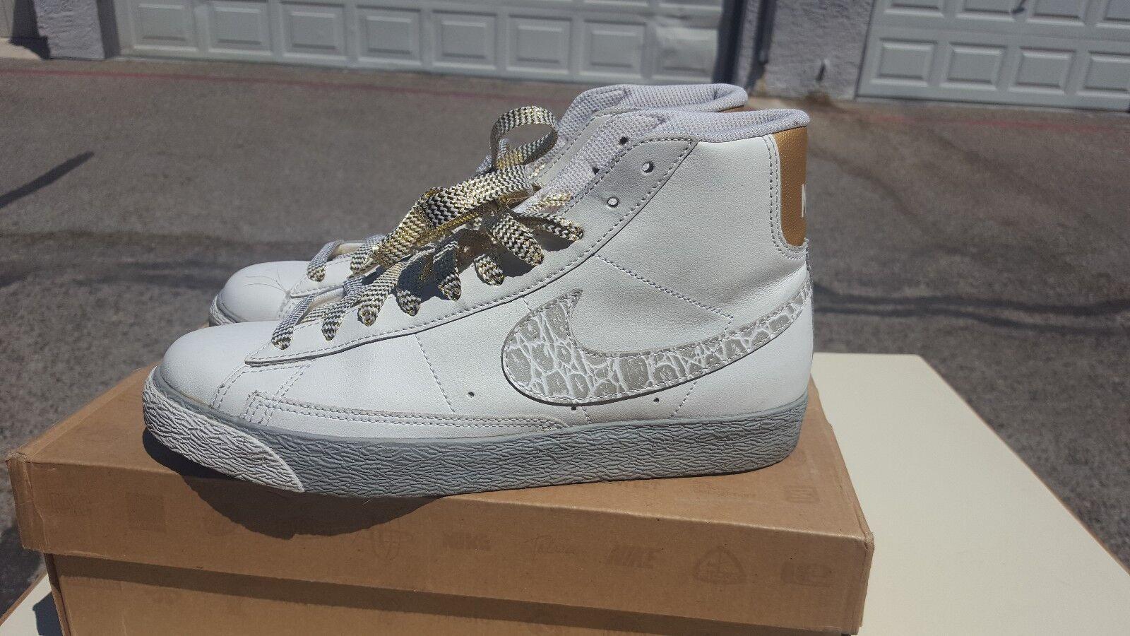 new style 78943 c0c9d Nike Nike Nike WMNS Blazer High White Metallic Size d22044