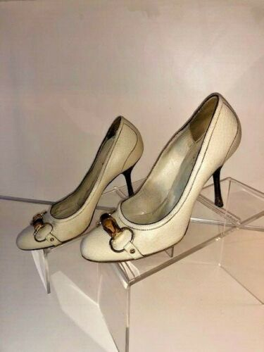 Gucci Pebbled Beige/Cream Leather Pumps  - size 37