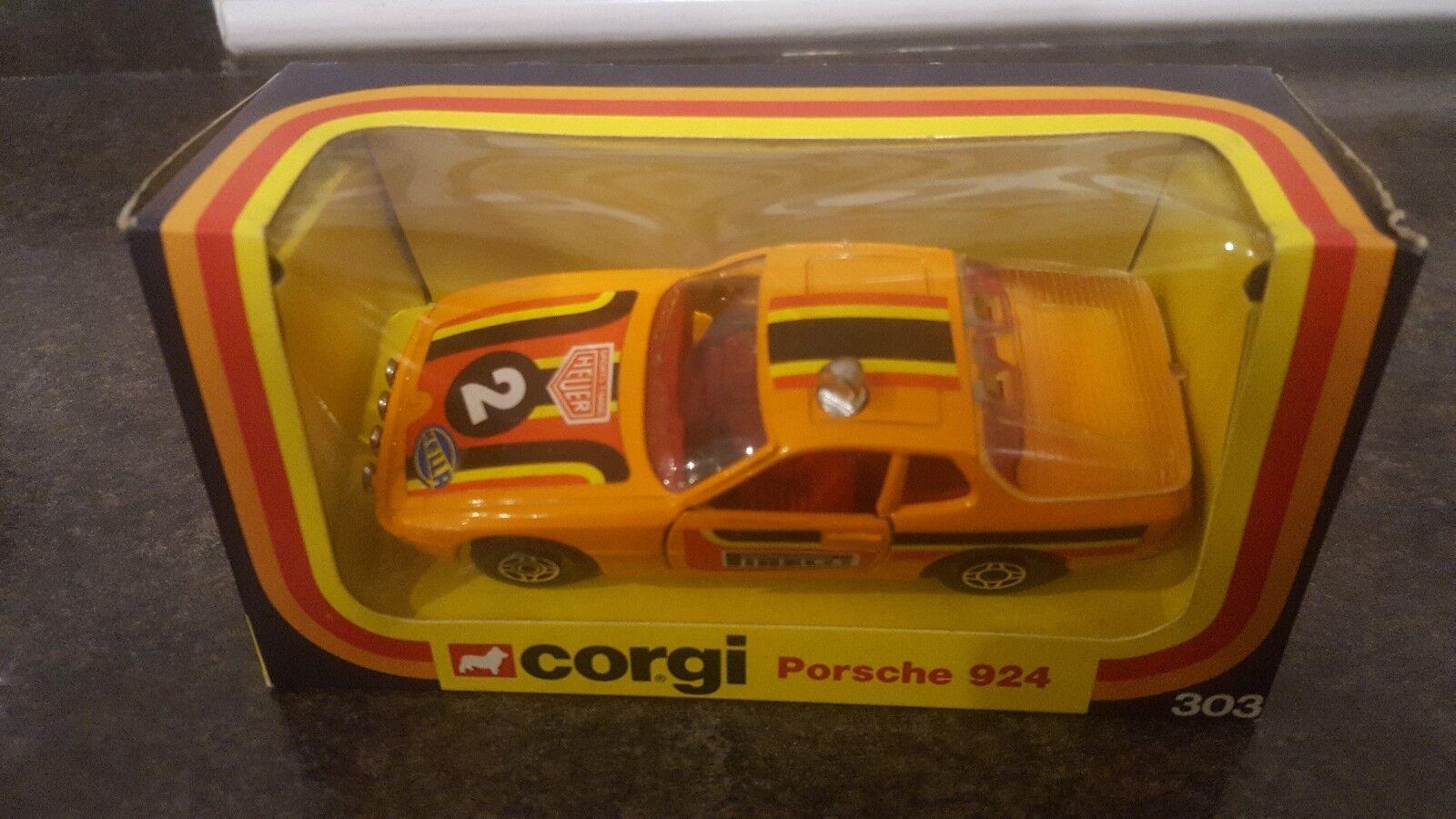 Corgi Appx 1 36 Scale Diecast 303 - Porsche 924 - orange