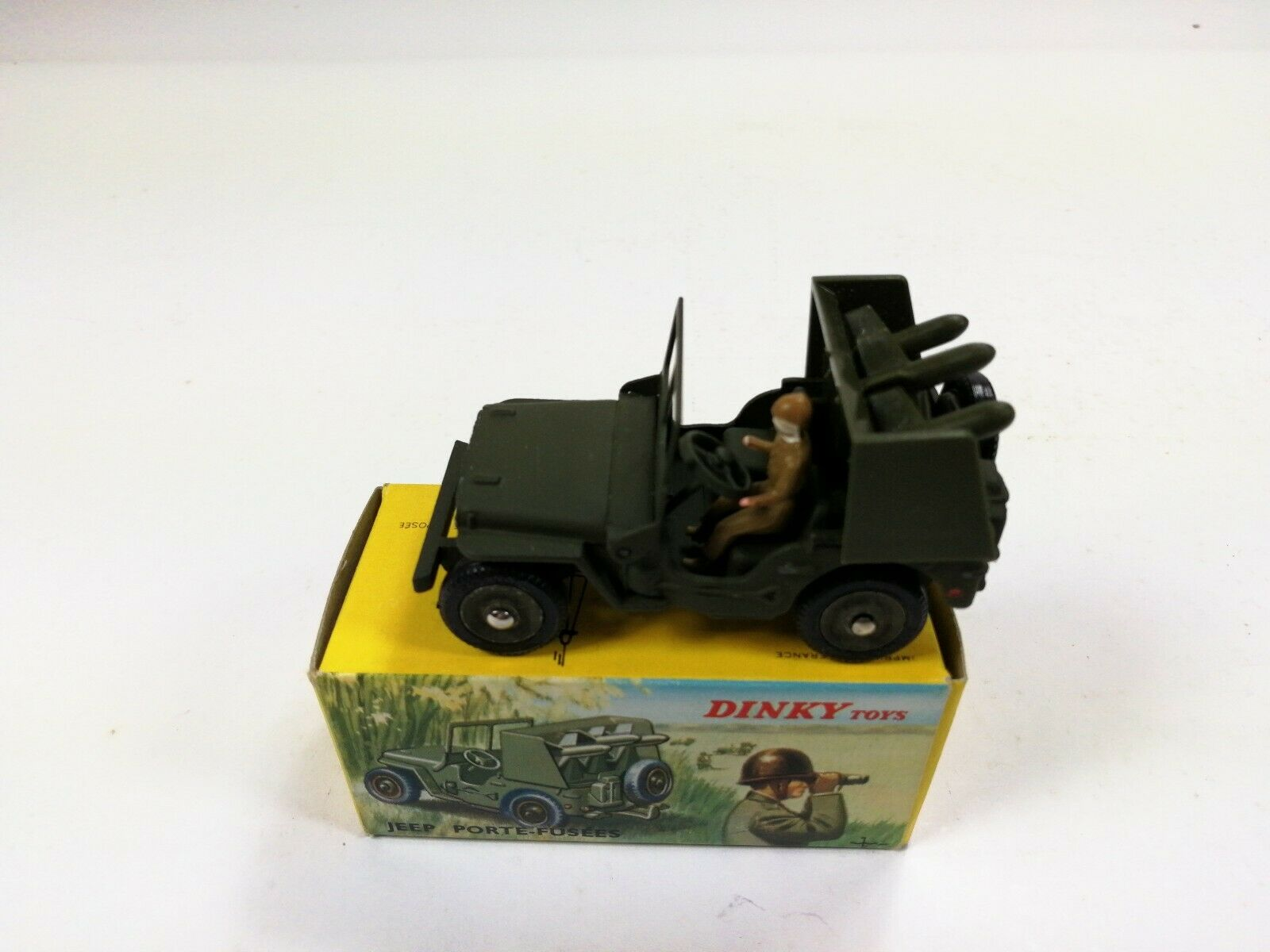 Dinky Toys 828 Jeep Porte-fusees SS10 Rocket Carrier