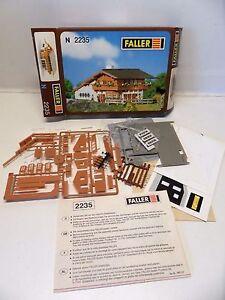 C2-maison-de-decor-faller-2235-train-electrique-echelle-N