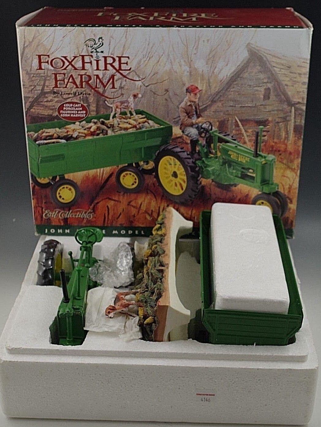 ERTL JOHN DEERE FOXFIRE FARM TRACTOR MODEL B & WAGON BY LOWELL DAVIS 1 16 SCALE