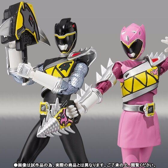 S.H.Figuarts Zyuden Sentai Kyoryuger KYORYU BLACK & PINK Set Figure BANDAI Japan