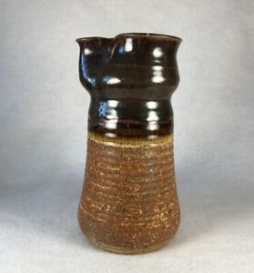 Vintage-Hand-Thrown-Pottery-Pitcher-Stoneware-Clay-Brown-Glaze-Signed-Marking