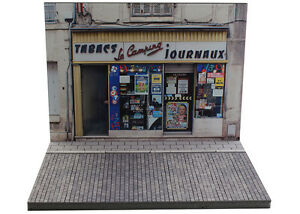 Diorama-boutique-Tabacs-Journaux-Tobacconist-Newsstand-1-43eme-43-2-A-A-093
