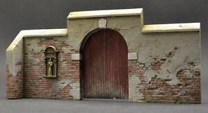 DioDump-DD015-Monastery-gate-039-Saint-Lo-039-1-35-scale-diorama-model-kit-building