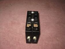 SQUARE D Type QOT Circuit Breaker 4 Pole 20 - 30 Amp QOT22030 QOT23020