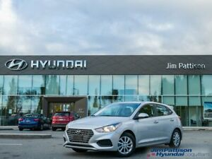 2020 Hyundai Accent Essential w/Comfort Package, 1 Owner, No Accident
