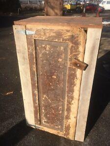 Primitive-Farm-House-Wood-Jelly-Cupboard-Pantry-Kitchen-Cabinet-Farm-Fresh