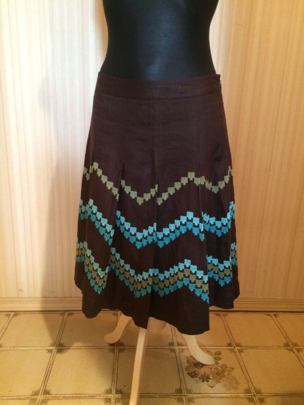 Ann Taylor LOFT Brown Reverse Pleat Skirt with Embroidered Chevron Pattern NWOT