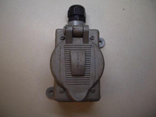 Hubbell Killark FS-2L Box w// Hubbellock 30A 600 VAC 4 Prong Female Receptable