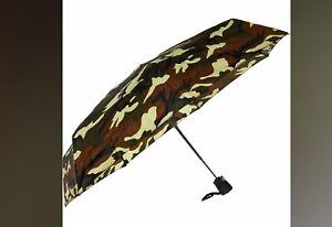 JEAN-PAUL-GAULTIER-Green-Camouflage-Flat-Umbrella