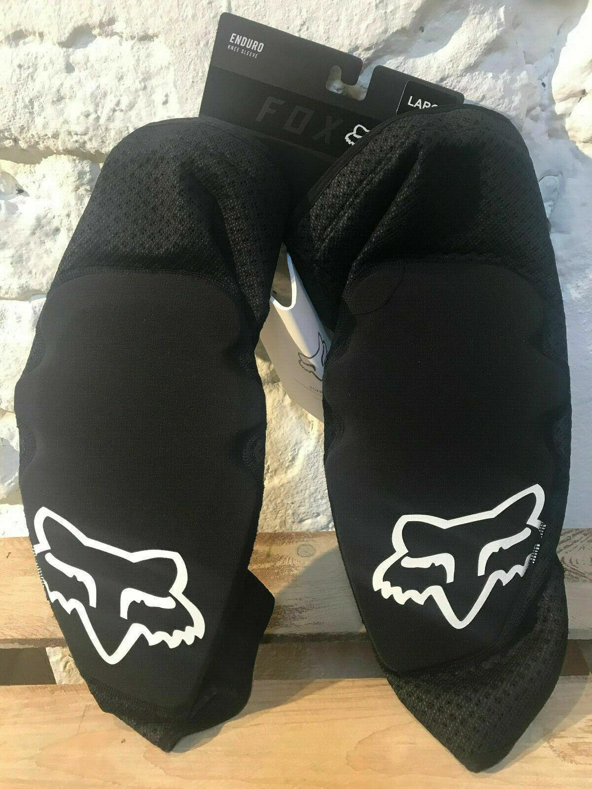 FOX Enduro Knee Sleeve Guard Knieschoner  Protektoren schwarz