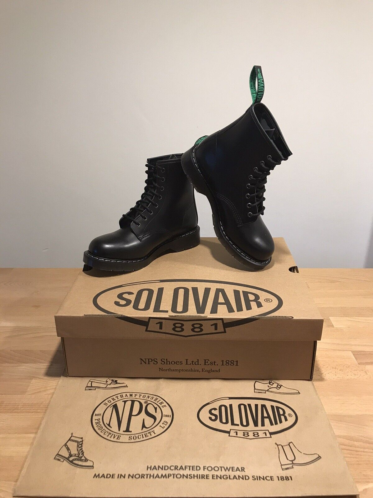 NPS SOLOVAIR Black Hi-Shine Leather 8 Eye Derby Boot! SizeUK7! New! Only!