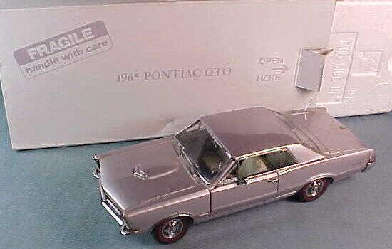 DANBURY Comme neuf 1965 PONTIAC GTO Coupé 1 24 Iris Mist DM801 Comme neuf IN BOX