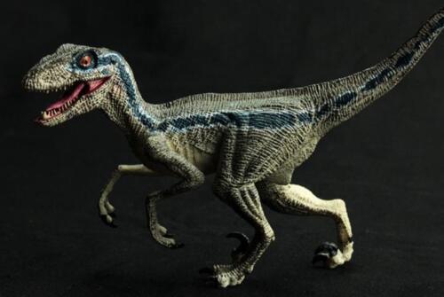 Blue Velociraptor action figure Jurassic World Fallen Kingdom toy model dinosaur