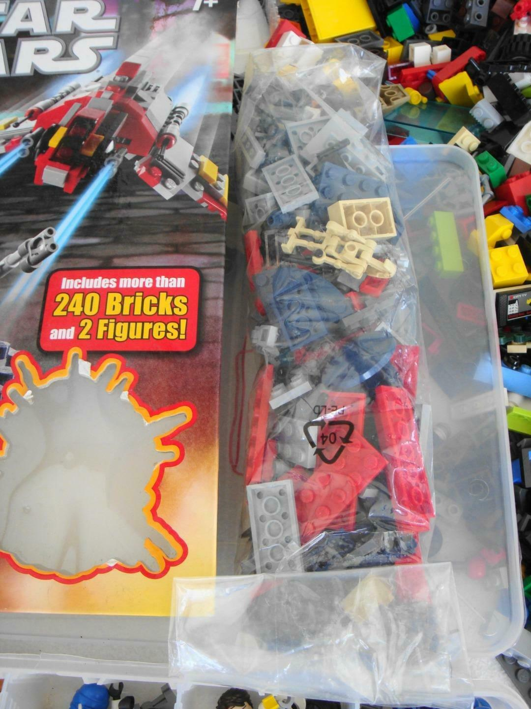 HUGE Lot 35 Pounds of Legos Lego - 50 50 50 Mini-Figs - Star