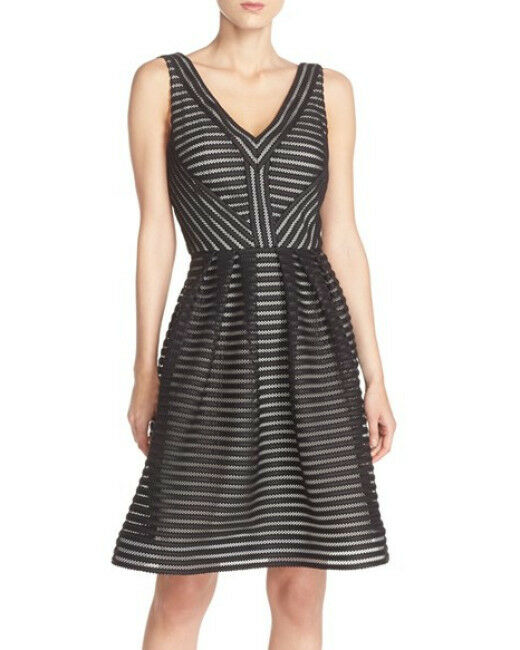 JS COLLECTIONS SHADOW STRIPE FIT & FLARE DRESS sz 6