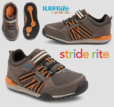 Surprize by Stride Rite sz 7  Davon Washable Sneaker Toddler Boys/' 3379