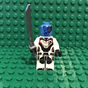 LEGO-Nebula-Minifigure-Marvel-Avengers-Endgame-sh574-76131-mini-fig-figure