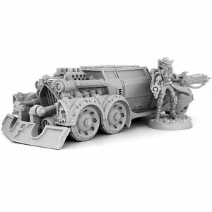 28mm scale HERESY HUNTER FEMALE INQUISITOR WITH RAZOR BLADE CAR