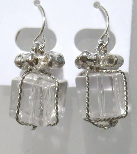 Droppers Stocking Fillers Gift Box and Bow Christmas Pressie Earrings