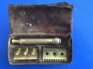 0526-Beau-Rasoir-Gillette-Ancien-Made-In-Usa-BRONZE-Dans-Son-Boitier