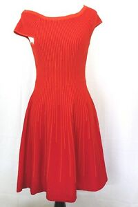 French-Connection-Red-Color-Solid-Stretch-Knit-Short-Sleeve-Dress-Size-6