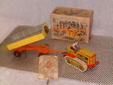 ARNOLD VERY RARE, FULLY OPERATIONAL, TIN CLOCKWORK TRACTOR & TRAILER W/BOX & KEY