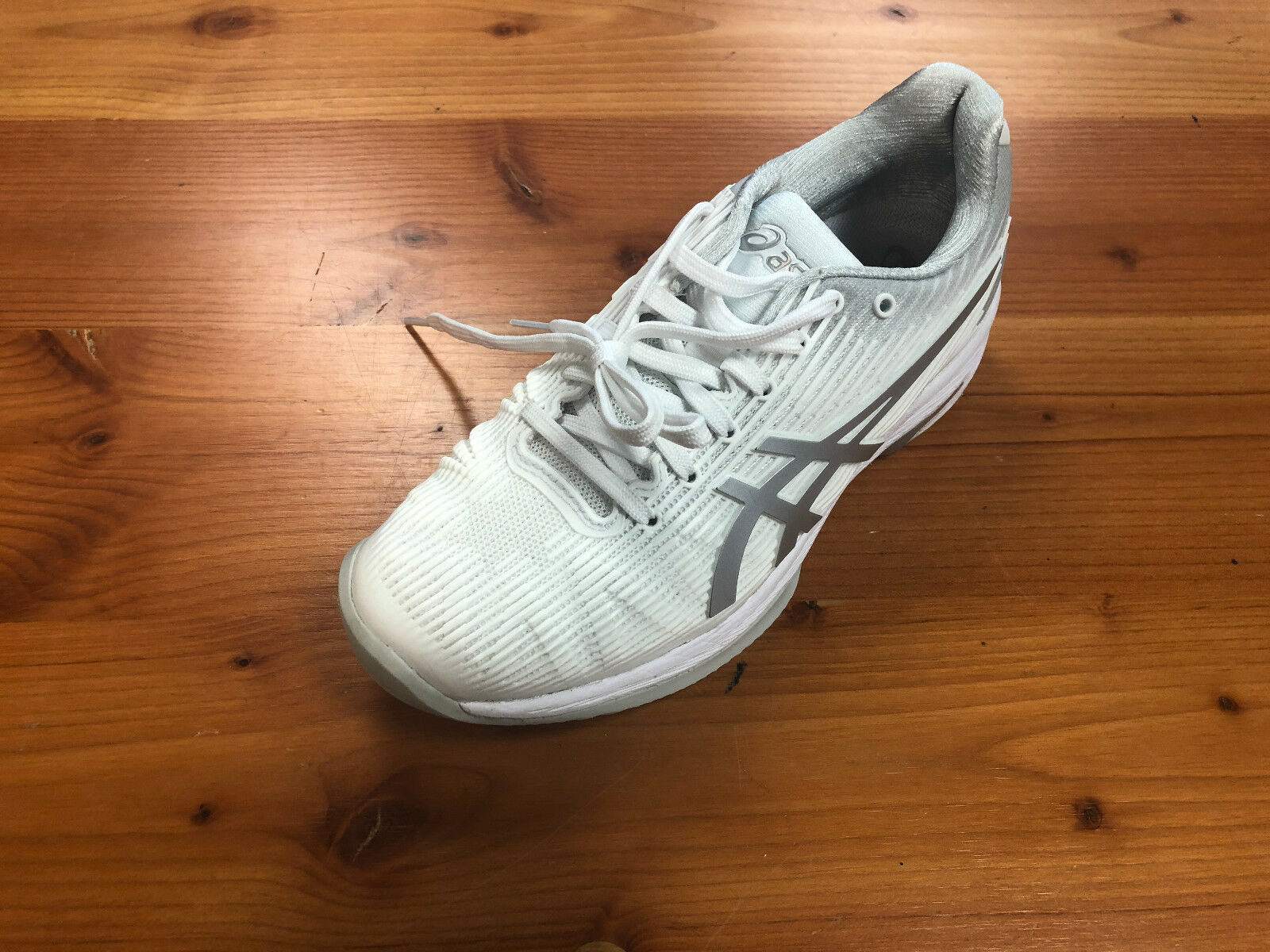 Women's Asics Solution Speed FF Preowned Tennis shoes Size 6