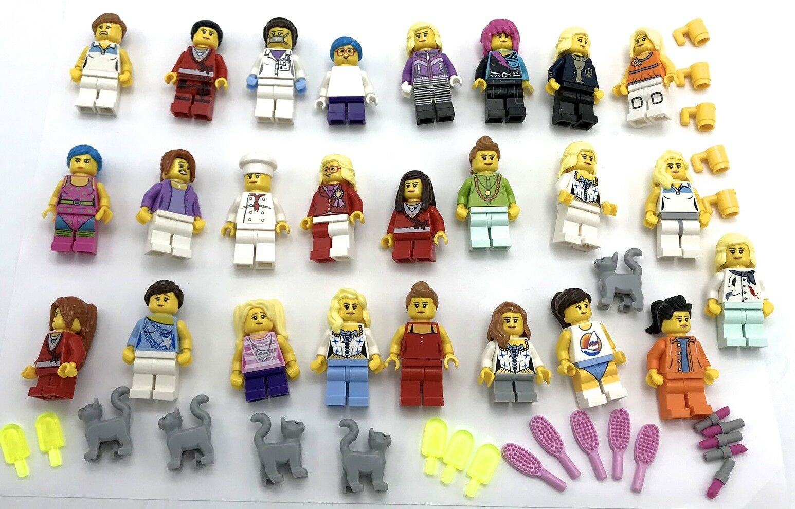 LEGO 25 NEW ASSORTED Damen AND GIRLS MINIFIGURES FIGURES WITH ACCESSORIES