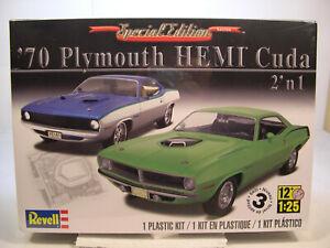 1970-PLYMOUTH-HEMI-CUDA-REVELL-1-25-SCALE-2-N-1-PLASTIC-MODEL-CAR-KIT