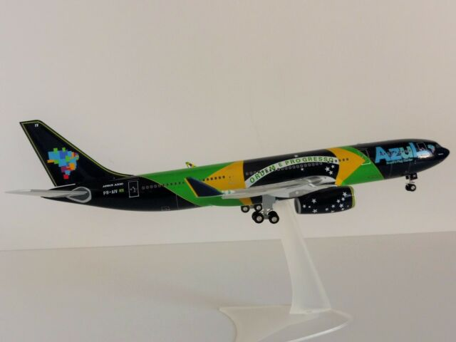 AZUL BRAZILIAN FLAG Airbus A330-200 1/200 Herpa 557238 A330 A 330 Airlines