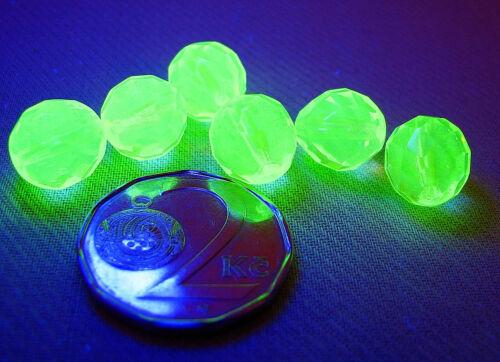 Uranium Tchèque vaseline verre Feu Poli à facettes perles rondes 10 mm 10 pcs.