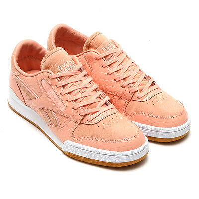 5e08978e2a10e8 Reebok Phase 1 Pro Classic Pink Burn Rubber Shoes Size 8.5 Detroit Playas  Ar1014