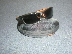 0f508676c30 Image is loading Fox-Black-Orange-Frame-Grey-Lens-Polaroid-Sunglasses