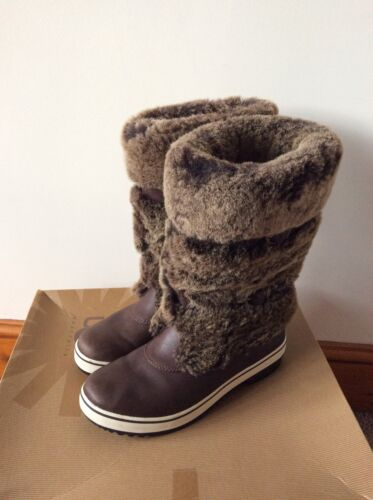 Uk Size Leather Australia Boots Lilyan Sold 5 Out Rare Women's Sheepskin 5 Ugg nYvg6zAwq