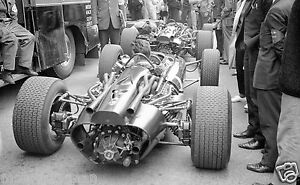 PADDOCK-PHOTOGRAPH-MONACO-GRAND-PRIX-1967-F1-BRM-ENGINE-MECHANICS-ATMOSPHER-F1