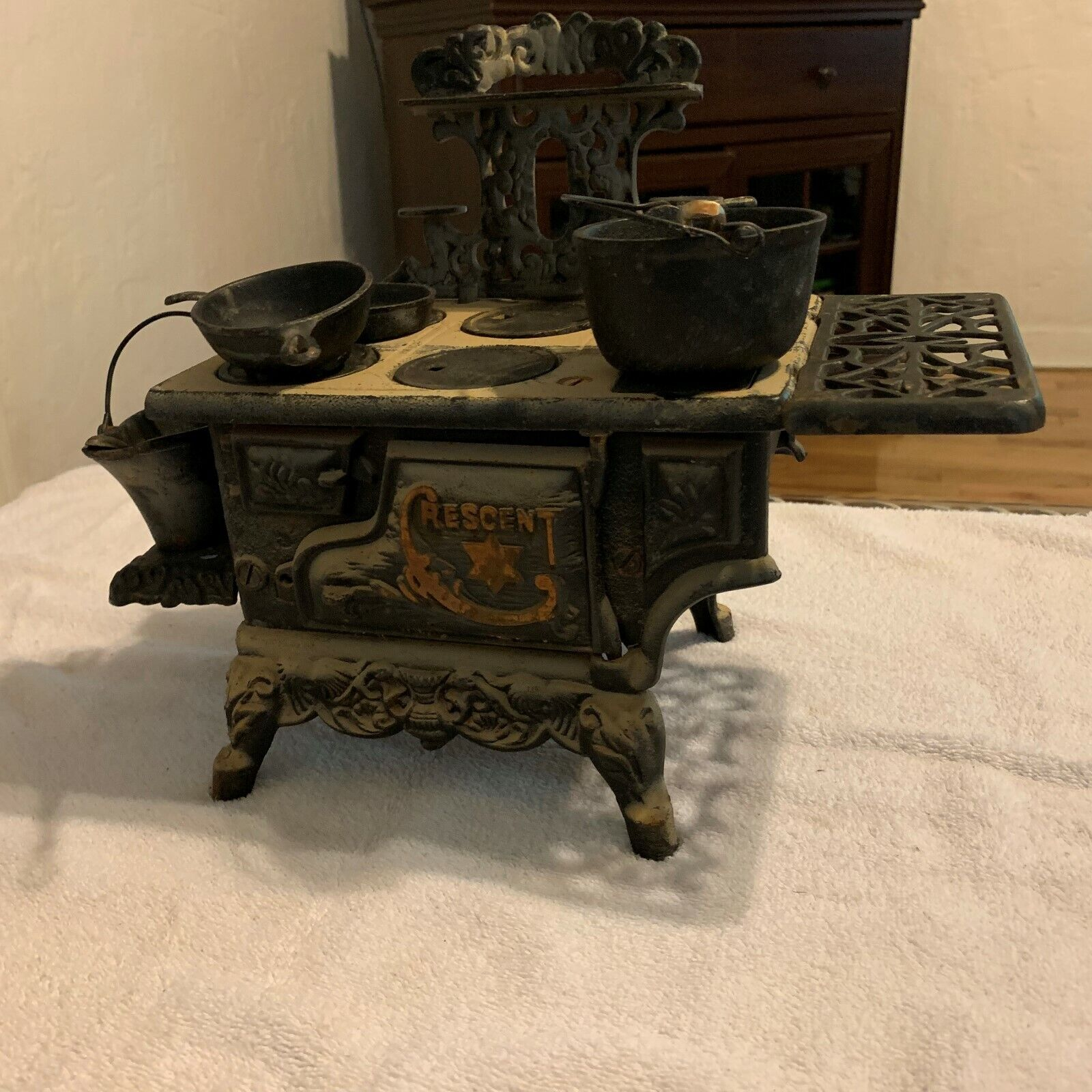 Vintage Mini Crescent Cast Iron Stove with accessories.8 1 2  x 6  x 6