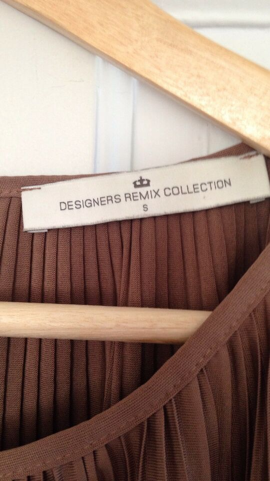 Top, Designers Remix Collection, str. 36