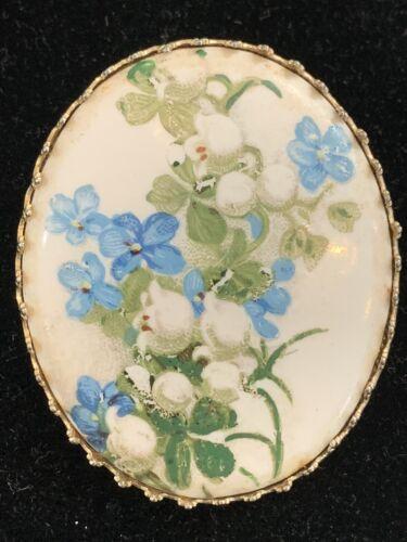 Vintage Hand Painted Porcelain Flower Brooch Oval… - image 1
