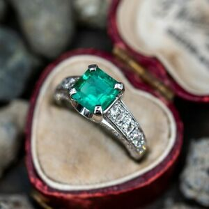 1.6 CARAT EMERALD ENGAGEMENT RING ACCENTS WHITE GOLD PRINCESS CUT EMERALD RING