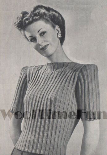 Vintage Knitting Pattern Lady/'s 1940s Ribbed Design Jumper Long or Short Sleeved