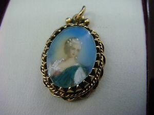 !RARE 14K GOLD ANTIQUE SMALL HAND PAINTED PORTRAIT PENDANT-CHARM 3.2 GRAMS