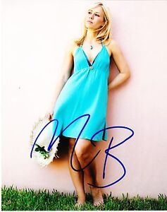 NATASHA-BEDINGFIELD-SIGNED-8X10-PHOTO-AUTHENTIC-AUTOGRAPH-UNWRITTEN-BRIT-COA-A