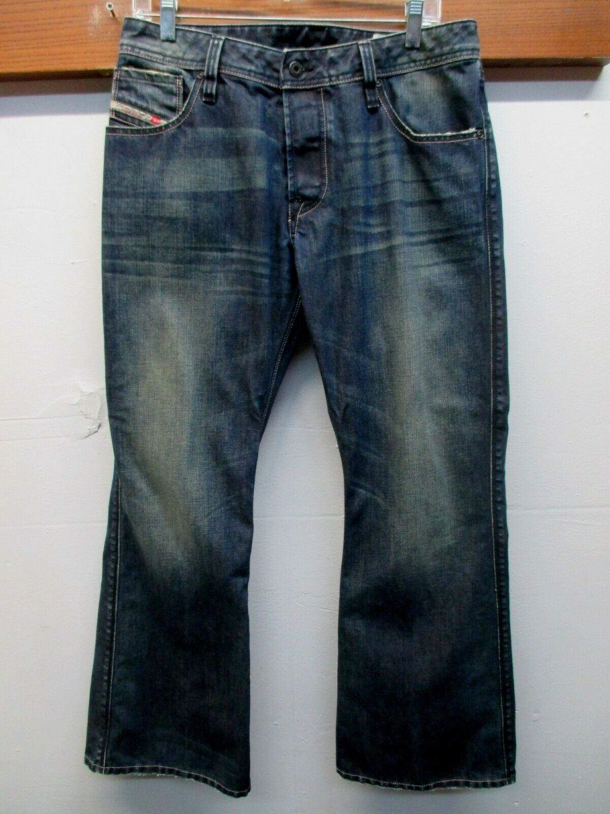 Men's Diesel Zaf Distressed 100% Cotton Button Fly Jeans. bluee  Sz.32