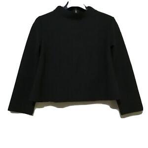 Black-Minimalist-3-4-sleeves-Minimalist-Top